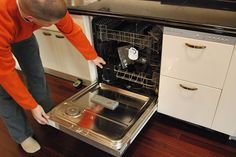 10 Tips to make your Dishwasher Run Better...I hope something in this list works for mine, which is being a dud!