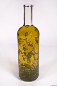 Bazsalikomolaj ~ Receptműves Bottle, Home Decor, Homemade Home Decor, Flask, Decoration Home, Jars, Interior Decorating