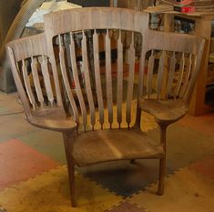 If your little ones are fighting over who gets to read with Dad every night, this triple rocking chair may be the answer to all of your prayers. This special chair has two little side seats and a big… Rococo Furniture, Funky Painted Furniture, Painted Chairs, Design Furniture, Chair Design, Wood Furniture, Modern Furniture, Painted Tables, Design Design