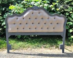 Diamond Tufted Headboard [similar to how I want the master bdrm headboard to look.]