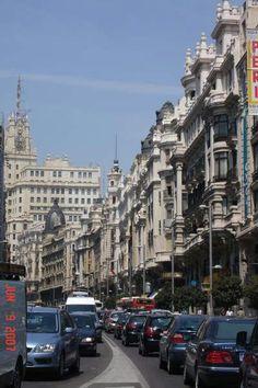 La gran vía en Madrid