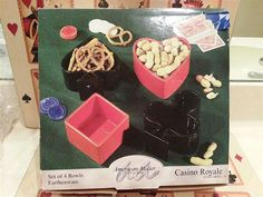 Casino Royal ~ 4 Club Snack Bowels ~ Still In The Box ~ GREAT GIFT !