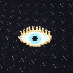 Création de Bizhou56 #miyuki #brickstitch #miyukibeads #perles #motifbizhou #luckyeye #oeil #portebonheur