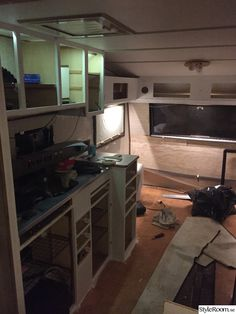 Renoverad husvagn Kabe 540 XL - Hemma hos marre_h Trailer Remodel, Camper Trailers, Tiny House, Bow Drawing, Kitchen Appliances, Rv, Home, Travel Trailers, Diy Kitchen Appliances