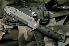 mars-arma:  I'd love a Hardcore Australia Knife but damn are they expensive.