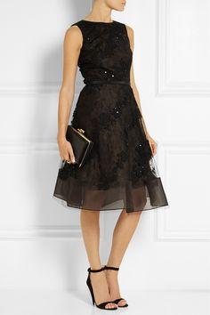 Oscar de la Renta|Embellished lace-appliquéd tulle dress|NET-A-PORTER.COM