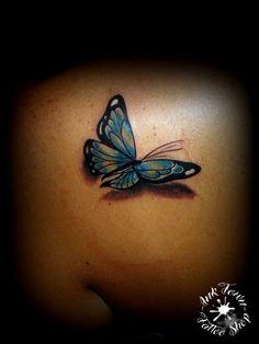 Tatuaggio farfalle realizzato dal tatuatore Ink Town Tattoo Shop - Matteo Dettori