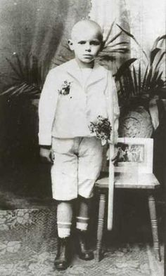 Pope John Paul 1.  Born Karol Józef Wojtyła