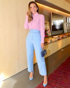 New season styling tips to take from Stockholm Fashion Week Work Fashion, Daily Fashion, Fashion Looks, Colourful Outfits, Colorful Fashion, Chic Outfits, Fashion Outfits, Fashion Tips, Color Combinations For Clothes