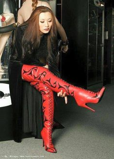 red thigh high boots with black print ~ ღ Skuwandi Thigh High Boots, High Heel Boots, Heeled Boots, Asian Fashion, Fashion Art, Girl Fashion, Crotch Boots, High Leather Boots, Sexy Boots