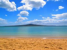 Cheltenham Beach, Auckland - Situated close to Devonport town centre, Cheltenham Beach is a sandy beach within close proximity to North Head Historic Reserve. New Zealand Beach, Auckland New Zealand, South Pacific, Pacific Ocean, Auckland Anniversary, New Zealand Houses, Nordic Living, State Of Arizona, Seaside Towns