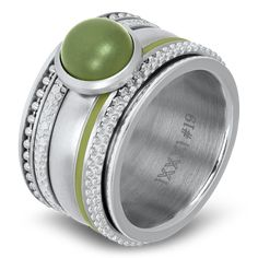Silver coloured ring with green stone. I Love Jewelry, Jewelry Sets, Jewelry Rings, Unique Jewelry, Jewellery, Ed Stone, Fitness Bracelet, Color Ring, Green Stone