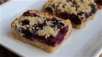 Blueberry Shortbread Bars - Super delicious and EASY to make. Marzipan, Blueberry Crumb Bars, Blueberry Cobbler, Blueberry Recipes, Lemon Cream Cheese Bars, Shortbread Bars, Cookie Bars, Bar Cookies, Cookie Crust