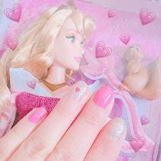 #self #nail #pink #princess  #aurora #miniispink #Instagram #instapicture #instaphoto #disney #doll #hawaii #alamoana #disneystore #ネイル #お洒落さんと繋がりたい #写真好きな人と繋がりたい #写真撮るのが好きな人と繋がりたい . . #セルフネイル で #ピンク と #ラメ の2種類にしたよ💕💅💕 . 女の子らしく #どピンク に💗!! . (基本ポリッシュ乾くの待てない芸人) . ピアノ弾かなきゃいけないから いつでも爪は短め…💭☠️ . . この #オーロラ姫 は #ハワイ の #ディズニーストア で可愛すぎて 即買いしたの🌹💭🏹💋💄 . ♡