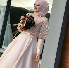 "158 Beğenme, 1 Yorum - Instagram'da tesettur Giyim Öneri Sayfası (@mf_siesta): "" #newseason #tesetturelbise #tesetturmodasi #tesetturabiye #tesettür #tesetturmodası #tesettur…"" Muslimah Wedding Dress, Hijab Style Dress, Muslim Wedding Dresses, Wedding Hijab, Wedding Gowns, Bridesmaid Dresses, Hijab Outfit, Islamic Fashion, Muslim Fashion"