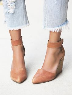 Peaks Point Wedge   Leather nubuck pointy toe wedge with easy adjustable Velcro ankle straps. Handmade.