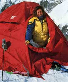 Wanda Rutkiewicz On Kangchenjunga 1992 - She died on May 12 or 13 during summit attempt.