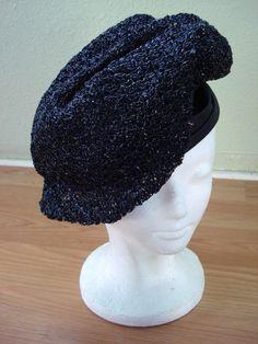 Vintage 1960s Straw Hat Black Newsboy Beret Cloche 201402