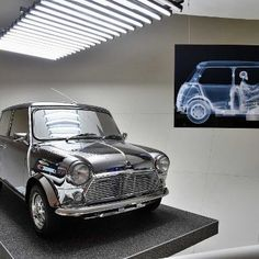 Business: David Bowie Designed the Coolest MINI Cooper Ever