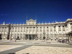 No creo que en esta casa utilicen literas  Palacio Real de Madrid #nature #photography