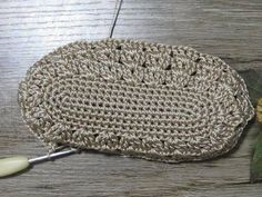 40 Ideas For Crochet Bolsos Mano Crochet Mittens Free Pattern, Bag Pattern Free, Crochet Patterns Amigurumi, Crochet Stitches, Crochet Handbags, Crochet Purses, Crochet Hats, Crochet Hat For Beginners, Crochet Baby Cardigan