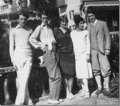 Bright Young Things Cecil Beaton, Stephen Tennant, Zita Jungman, Edith Olivier and Rex Whistler.