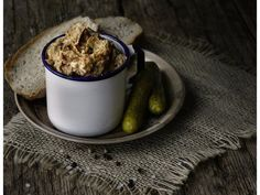 Škvarková pomazánka 2, Foto: All Cereal, Oatmeal, Appetizers, Pudding, Breakfast, Tableware, Kitchen, Desserts, Food