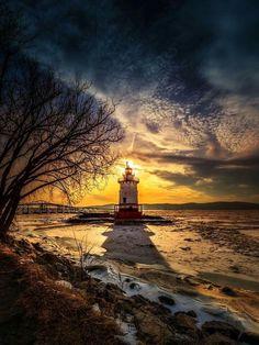 #Lighthouse on the Hudson River in Tarrytown, #NY - http://dennisharper.lnf.com/
