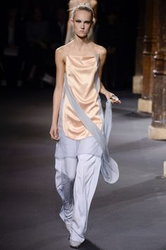Vionnet Spring 2016 Ready-to-Wear Fashion Show - Anna Cleveland (Next)
