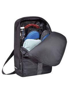 URBAN TOOL // piggyBack ist ein super leichter Rucksack ideal für unterwegs! Bei uns im Lieblingsbrand-Shop ist er verfügbar in Braun Blau und Schwarz.  http://ift.tt/2jd0FMR