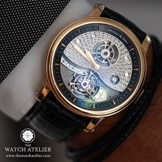 An aesthetically designed TE8, is of a distinctive three spoke design by Arnold & Son's.