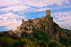 The Abandoned Commune and Medieval Village of Craco, Italy     When On Earth - For People Who Love Travel