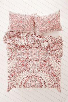 ☆Plum & Bow Medallion Duvet Cover / urbanoutfitters.com