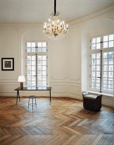 Exclusive: Step Inside YSL's New Parisian Headquarters Parisian Apartment, Apartment Living, Paris Apartments, Home Sweet Hell, Bright Rooms, Paris Design, Traditional Interior, Trendy Home, Home Living