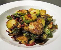 Crispy Brussels sprouts with bacon & garlic