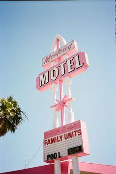 Where's the swimming pool? #motel #pink #retro #california