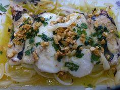 #Cogote de #merluza con cebolla. Ver #receta de #Navidad: http://www.mis-recetas.org/recetas/show/41555-cogote-de-merluza-con-cebolla