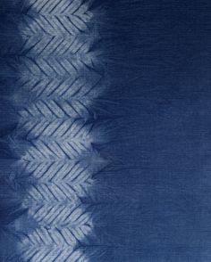 Aizome/shibori/indigo hand dye: Mokume (wood grain) shibori pattern by Little m Blue.