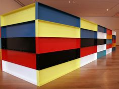 Googles billedresultat for http://ovationtv.com/files/large_image_videos/0000/0084/donald_judd_372x280.jpg%3F1213206689