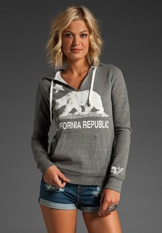 Celebrities who wear, use, or own Rebel Yell CA Flag California Bear Pull Over Hoodie Sweatshirt. Also discover the movies, TV shows, and events associated with Rebel Yell CA Flag California Bear Pull Over Hoodie Sweatshirt. California Sweater, California Bear, California Republic, Bear Hoodie, Sweatshirt Refashion, Revolve Clothing, Hoodies, Sweatshirts, Types Of Fashion Styles