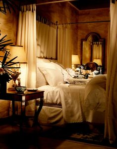 romantic setting.... this room is lovely.. the lighting in this room brings it to life..