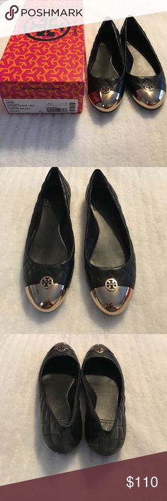 f56023bcb24 Tory Burch Kaitlin ballet flat Tory Burch Kaitlin ballet flat in Black and  gold. These are a size 7 These have only been worn once.