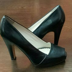 Women's Black Platform Pep-Toe Heels 10 Wore 2-3 times at most! Amazing quality and condition! Boutique 58  Shoes Heels