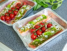 Zalm van de barbecue met pesto en tomaatjes Mexican, Barbecue, Tacos, Ethnic Recipes, Food, Barrel Smoker, Essen, Bbq, Meals