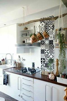New Kitchen, Kitchen Decor, Credence Adhesive, Cuisines Design, Apartment Kitchen, Küchen Design, Layout Design, Design Ideas, Interior Design Kitchen