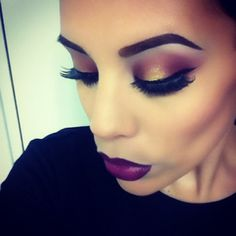 looking for something more dramatic and glamorous ? this makeup application perfect the perfect amount amount of drama and class!