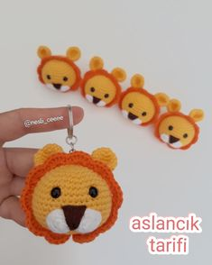 Photo by 💫 Neslihan 💫 on June Fotoğraf açıklaması yok. Crochet Animals, Crochet Toys, Crochet Baby, Free Crochet, Crochet Dolls Free Patterns, Amigurumi Patterns, Crochet Projects, Sewing Projects, Crochet Keychain