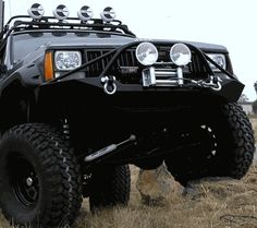 Jeep Cherokee XJ Front Winch Bumper w/ Pre Runner