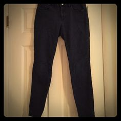 """Loft curvy super skinny jeans Dark wash, great condition. 29"""" inseam. Fits tight at the bottom of legs. LOFT Jeans Skinny"""