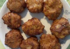 Πατατο-κρεμμυδο-ντοματο-κεφτέδες Appetizers, Meals, Ethnic Recipes, Food, Meal, Appetizer, Essen, Entrees, Yemek